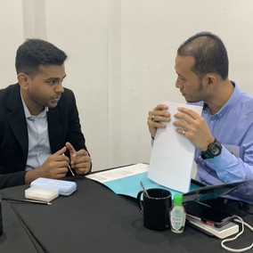 Our performance consultant, Hari having business discussion with Mr. Nashriq
