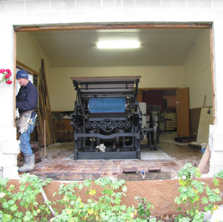 Arrival of the Voiron lithographic press