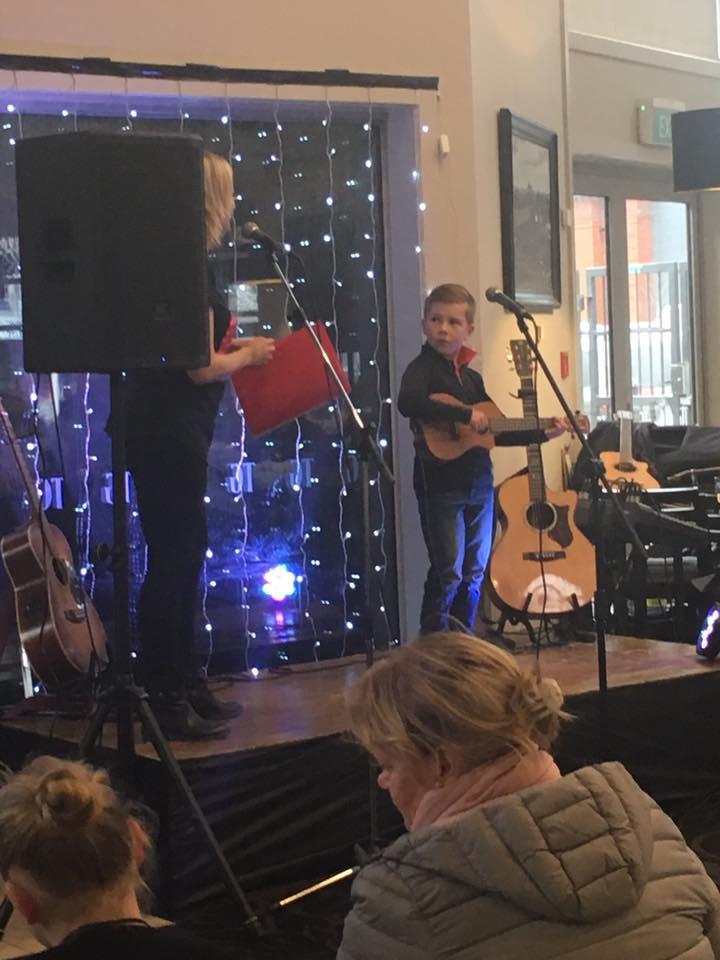 Kids-Concert-ThomasGreen-12.jpg