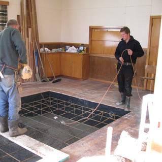 Laying the concrete base for the Voiron lithographic press