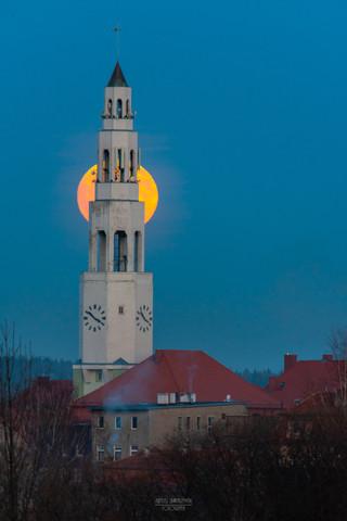 Księżyc Ratusz Gryfów Śląski