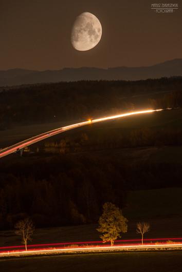 Drogi na Księżyc