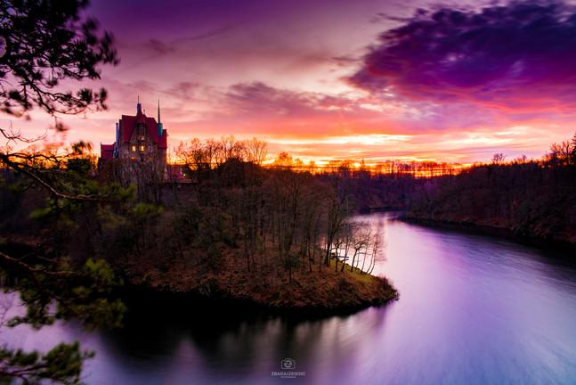 Grudniowy zachód Słońca - Zamek Czocha