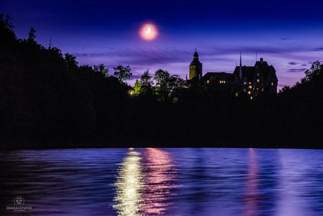 Zachód Księżyca nad Czochą