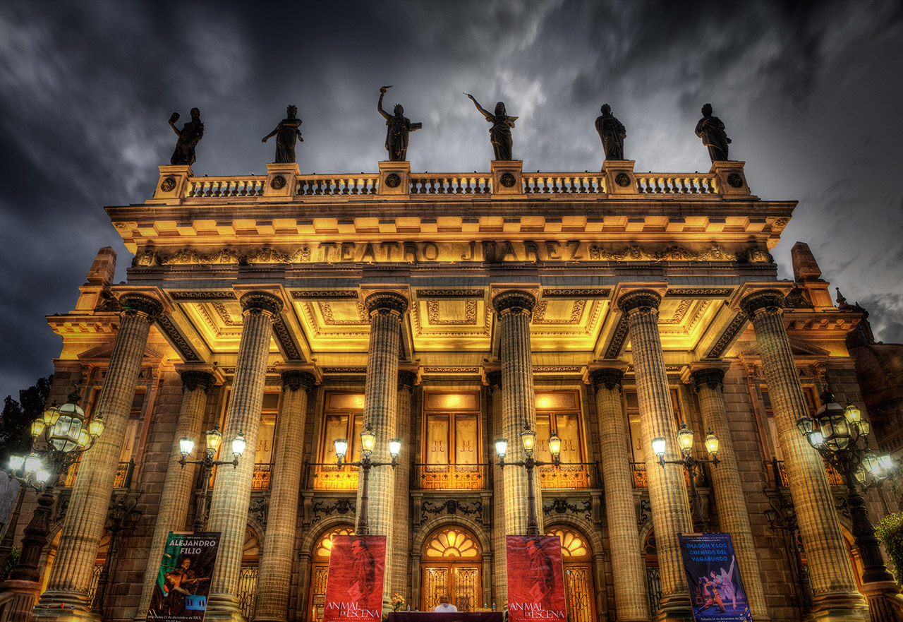Juárez Theater