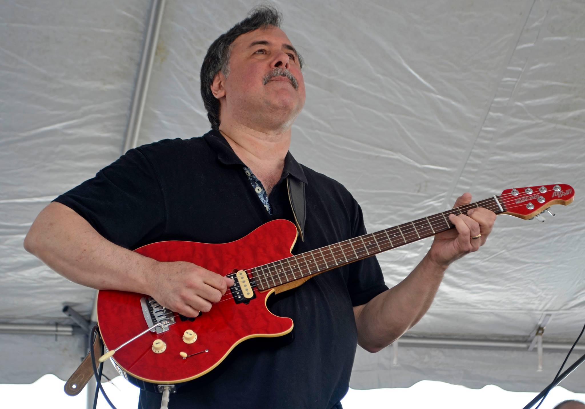 Paul - Guitar