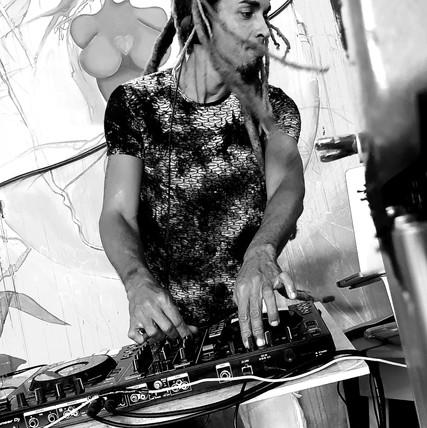 DJ Stan-ley / Photography by Nicolas Nabajoth.jpg