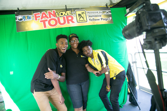 Pop Up GIF @ Yellow Pages Fan Love Tour