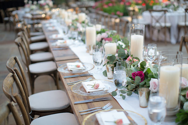 luxury-wedding-planner-austin-texas-wedding-designed-table-pink-gold-wood-tables