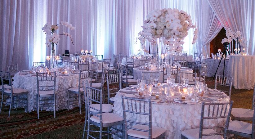 white wedding glam white wedding drape - wedding planner and best day of wedding coordinator - weddingdaygirl.com