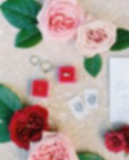 pink-wedding-florist-peonie-wedding-dog-