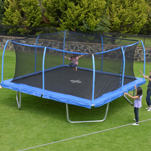 17 X 15 Oval Trampoline With Safety Enclosure: Outdoor Play Equipment