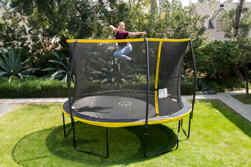 12 Trampoline With Steelflex Enclosure And Flashlight Zone