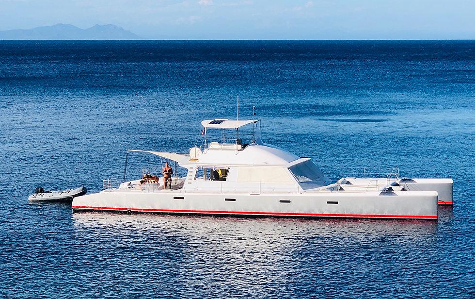 bateau tivicat location saint-tropez por