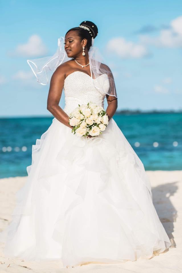 bride happy costumer