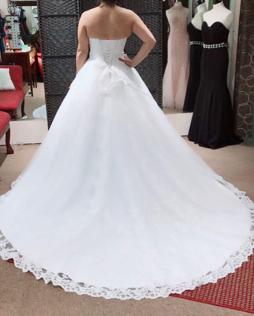 bridal dress back long tail white