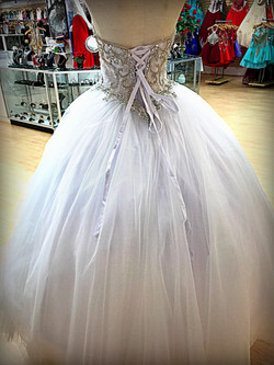 bridal gown back12