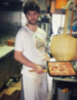 vegan_pizza_chef.jpeg