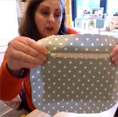 Easy zipped pocket for any purse or bag