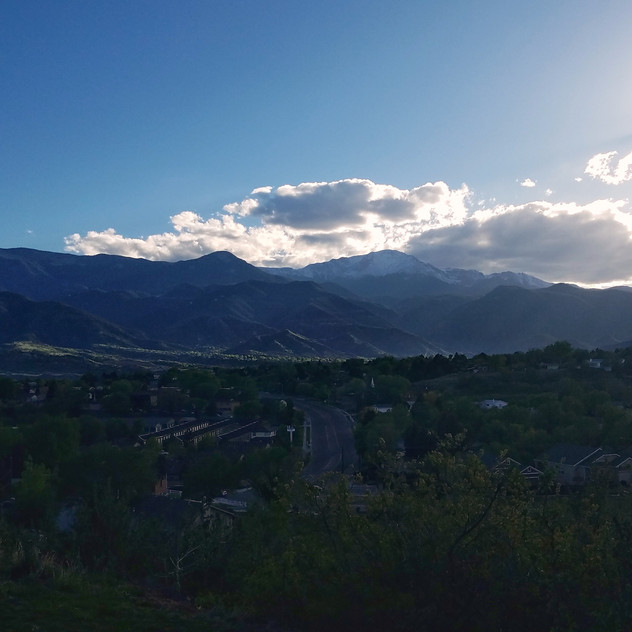 I hope you want lots of photos from the view at my Airbnb...