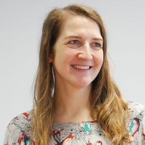 Kathrin ist Diplom-Ingenieurin Elektrotechnik und arbeitet seit über 10 Jahren in der Energiebranche. Sie hat Localiser zusammen mit Oliver gegründet und teilt sich mit ihm die Geschäftsführung