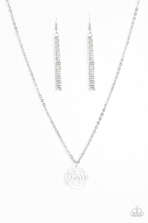 Blossom Bliss Necklace - White