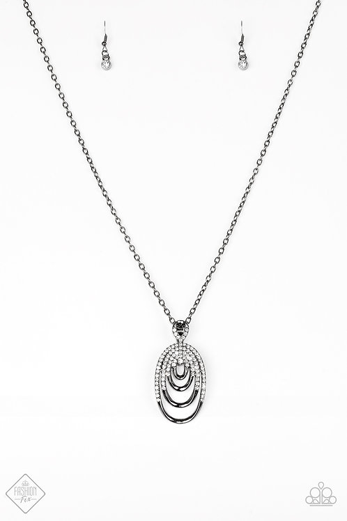 The Heiress Necklace - Black