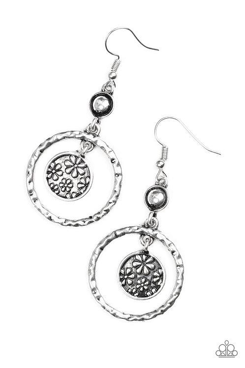 Meadow Gardens Earrings - Silver