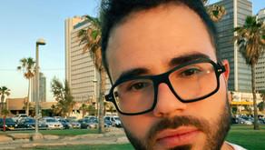 Hen Mazzig, an Israeli speaker and writer.