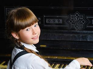 girl_piano_edited.jpg
