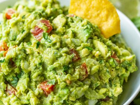 Summer Snack Idea: Fresh Guacamole