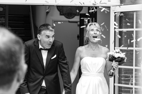 Mariage Toulouse - Sortie de Mairie - Be Yourself Photographie - Photographe Toulouse