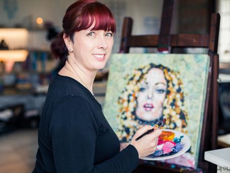Ma Vie, Ma Passion : Ariane Baffie, l'Artiste Peintre qui voit la vie en bulle!