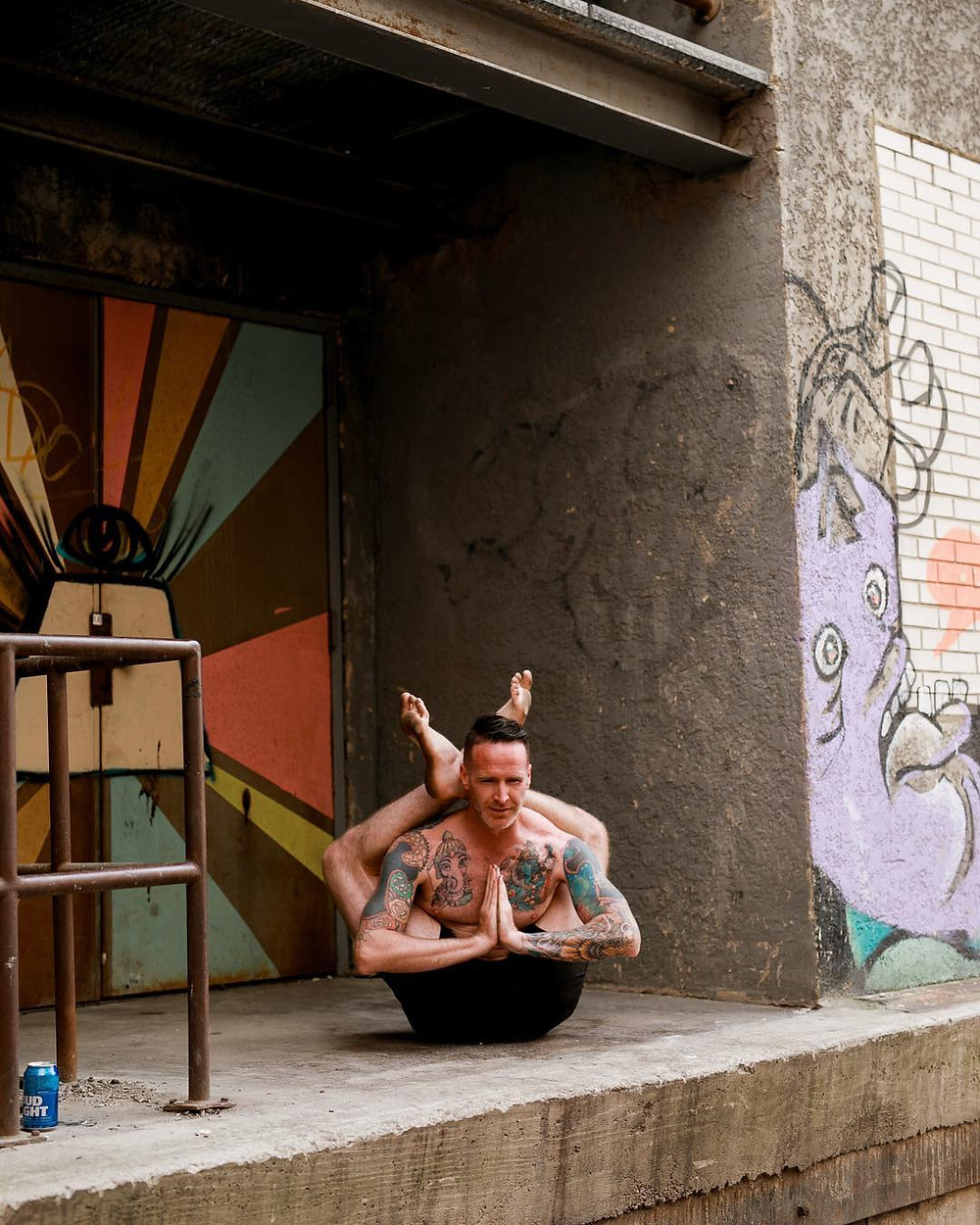 Taylor Hunt in dwi pada from ashtanga second series
