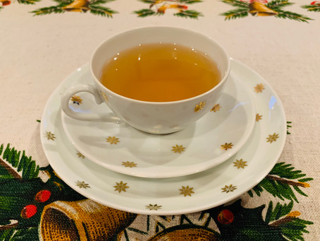 Nanda's Delicious Fresh Apple Tea
