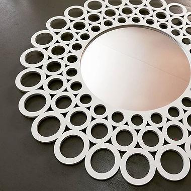 Gorgeous cutout decorative mirror 💕 #homedecor #lasercutting #liqerishlaserandprint #custom #mirror