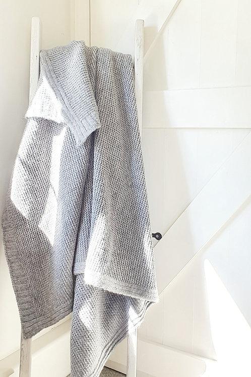 Isington Chunky Knitted Grey Throw