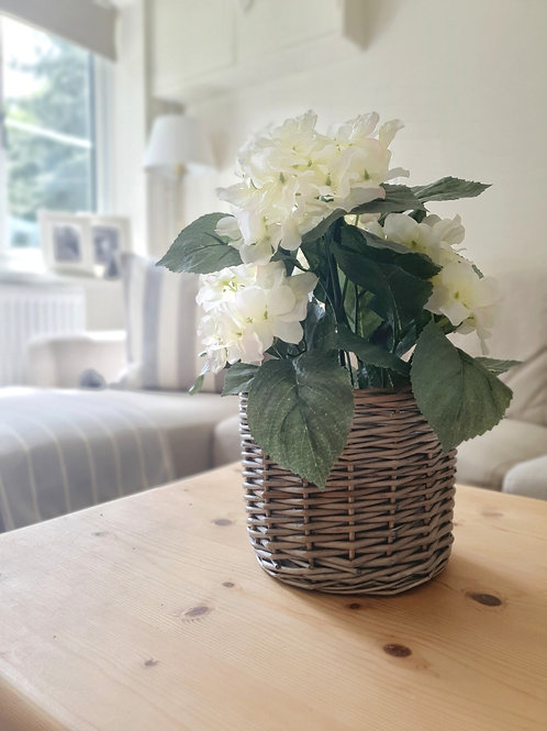 Small Willow Planter
