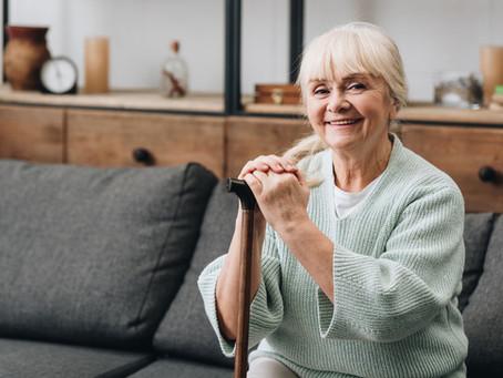 L'ostéopathie peut-elle aider les troubles de l'équilibre chez les aînés?