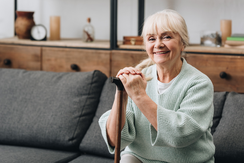 Comment la thérapie manuelle peut prévenir les troubles de l'équilibre chez aînés