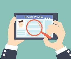 Como utilizar suas redes sociais a favor da procura de emprego