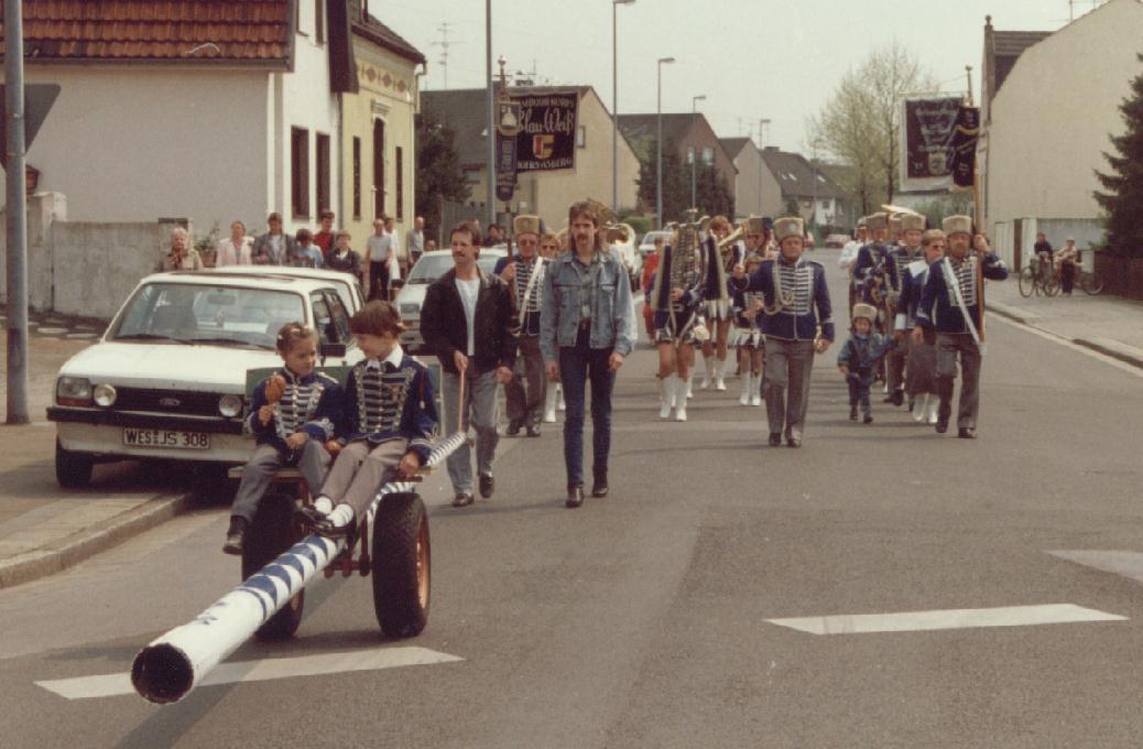 Maibaumaufstellen 1989