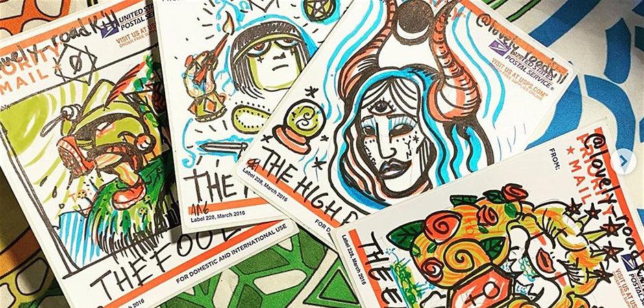Tarot drawing HEADER-2.jpg