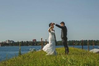 Minh Bride and Groom Dance.jpg