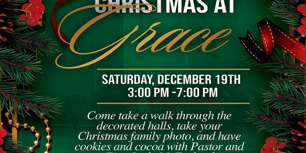 Christmas at Grace Family Photos