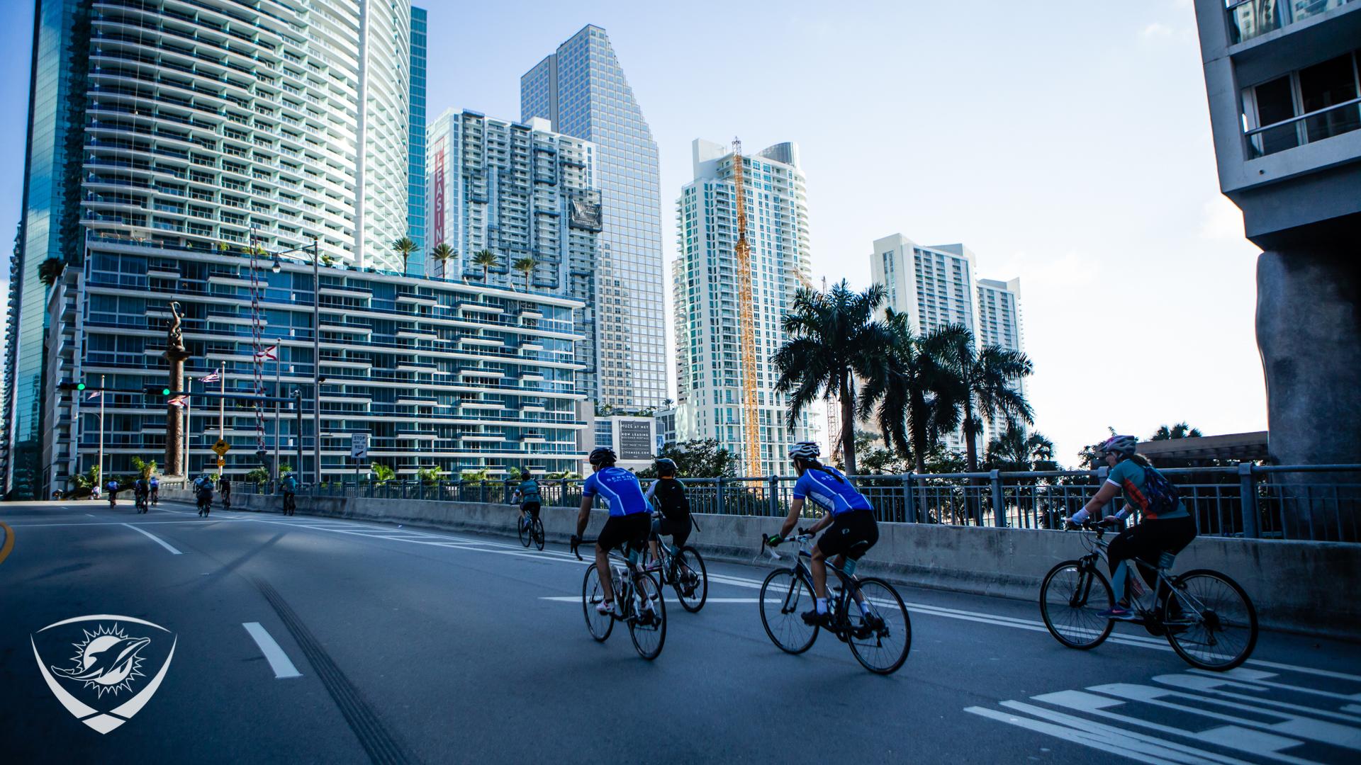 DCC Rides through Miami