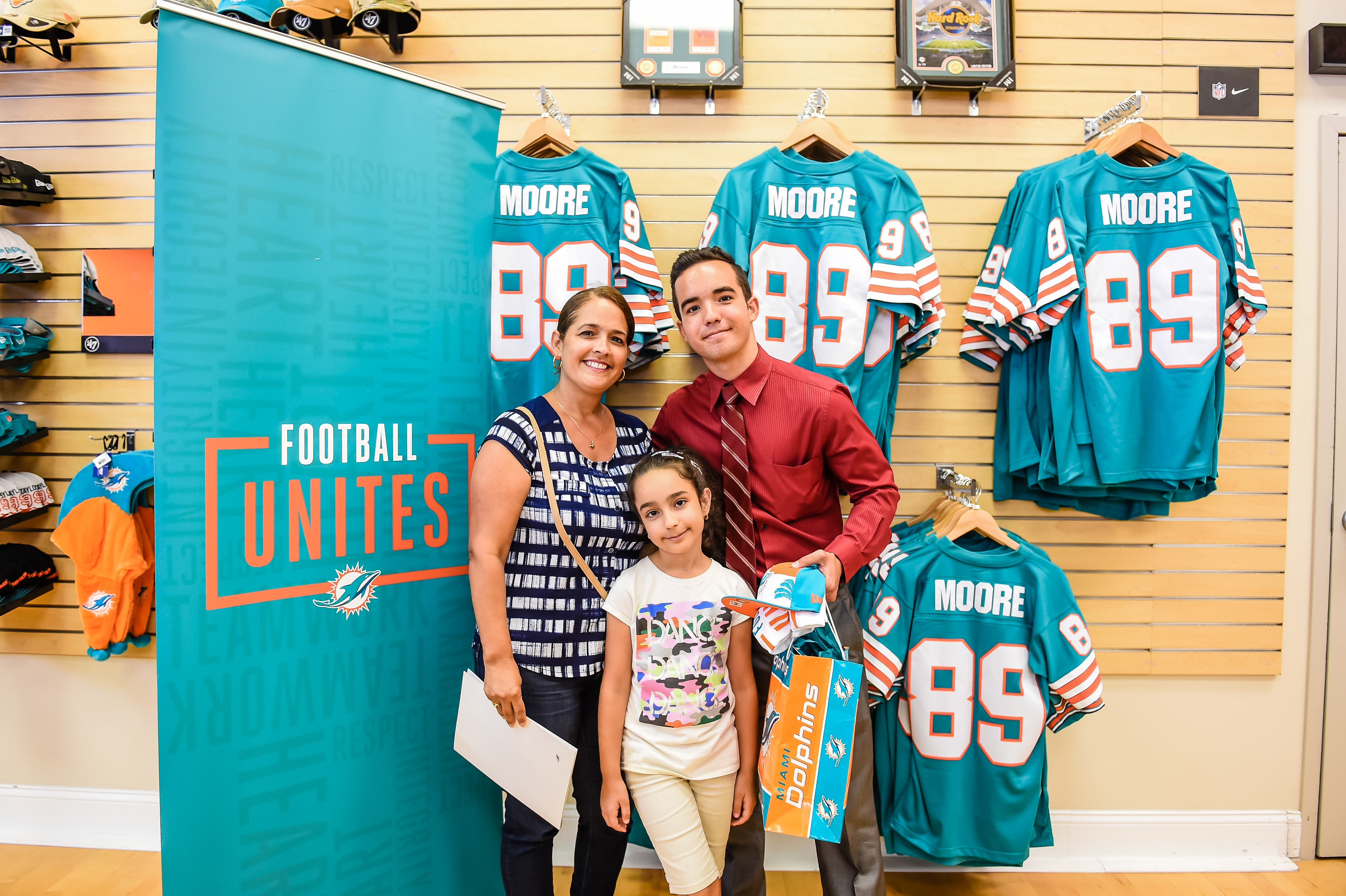 Miami Dolphins Select Javier Garcia of M