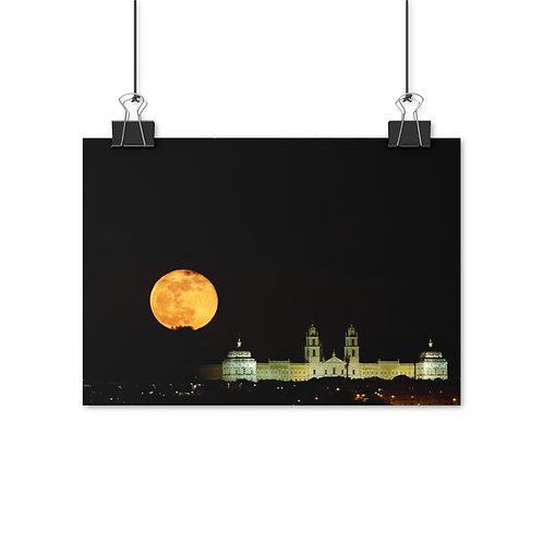 Palaca of Mafra with super moon