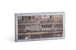 Concrete Picture, Metal Frame