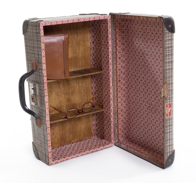 suitcase medicine cupboard